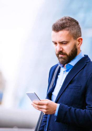 hipster-manager-with-smart-phone
